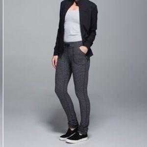 Lululemon Skinny Will Pant *Full-On Luon size 4